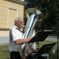 Borkovice 20.07.2019 / POLKAHOLIC, na tubu hraje šéf kapely Werni Blöchinger (CH)